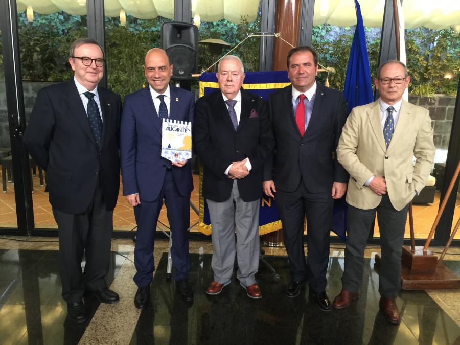 visita-alcalde-gabriel-echavarri